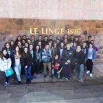 Les élèves de 3ème devant le Mémorial du Linge.